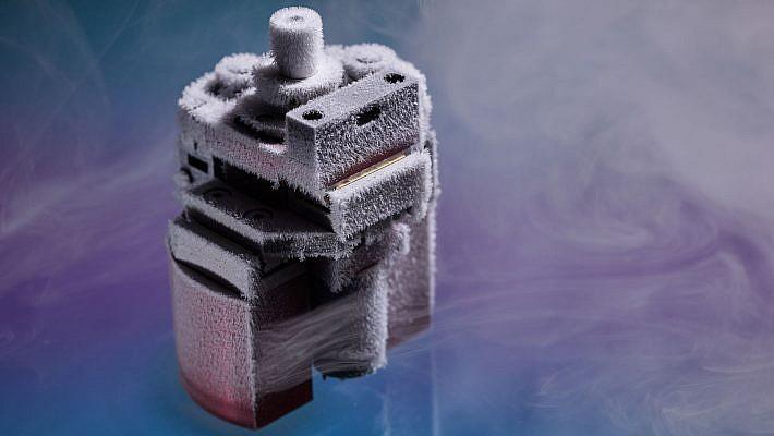 Mikrogetriebe von Micromotion Produktfotografie in vereistem Zustand