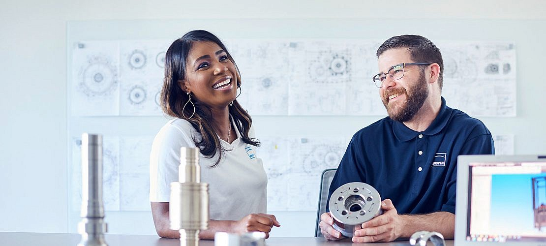 Portraitfotografie und Industriefotografie fuer die Jenoptik AG am Standort Detroit